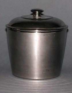 An image of Jar and cover