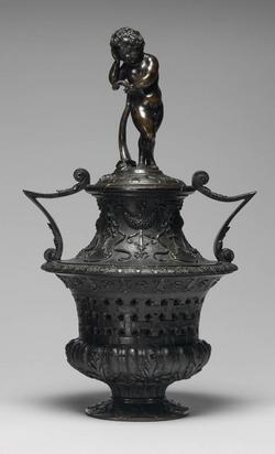 An image of Perfume burner