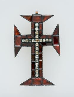 An image of Cross pendant