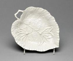 An image of Leaf dish