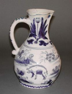 An image of Jug in the form of an owl