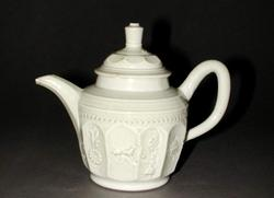 An image of Teapot & cover